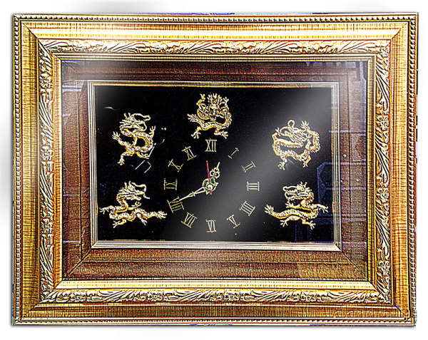 กรอบรูปหลุยส์ผ้าไหมลายไทยประดับนาฬิกาลายมังกรเหมาะสำหรับเป็นของที่ระลึก ของชำร่วย และเป็นของใช้สำหรับตกแต่งบ้าน