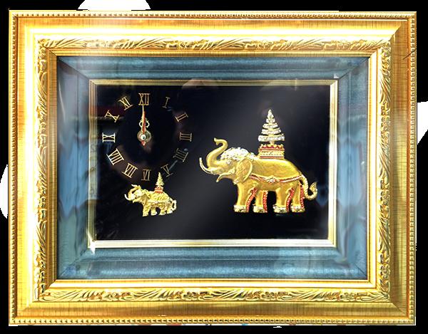 กรอบรูปหลุยส์ผ้าไหมนาฬิกาลายไทยลายช้างทองเหมาะสำหรับเป็นของที่ระลึก ของชำร่วย และเป็นของใช้สำหรับตกแต่งบ้าน