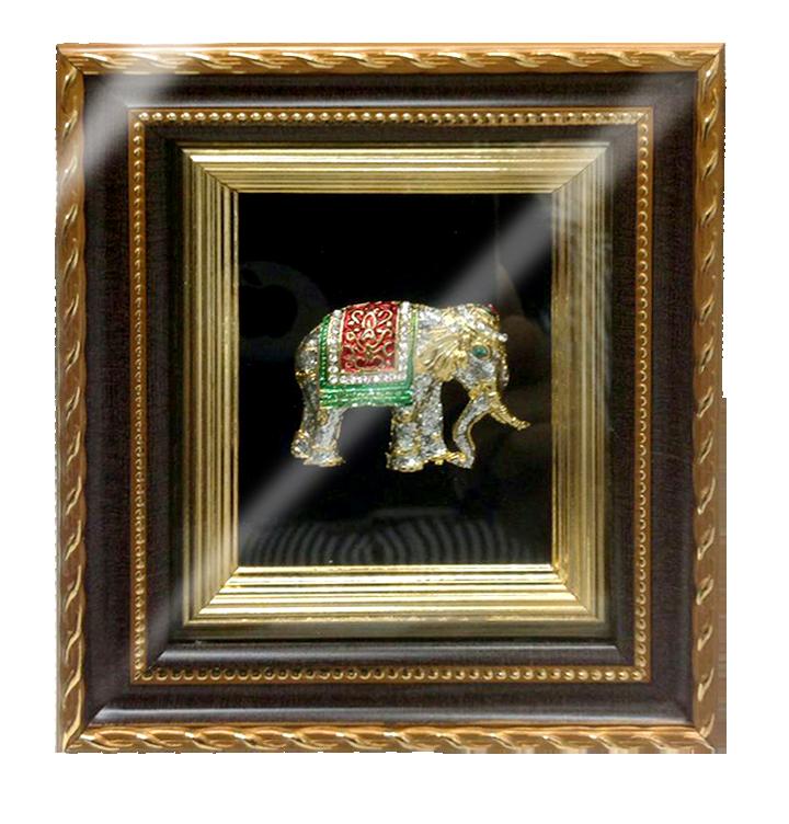 กรอบรูปหลุยส์ผ้าไหมลายไทยลายช้างเงินเหมาะสำหรับเป็นของที่ระลึก ของชำร่วย และเป็นของใช้สำหรับตกแต่งบ้าน