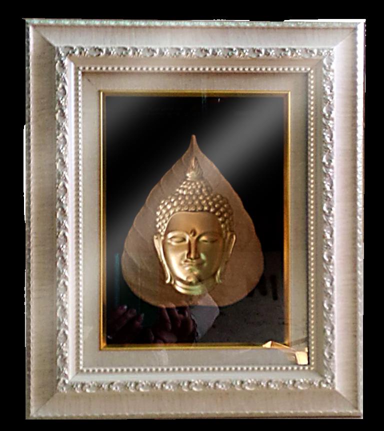 กรอบรูปหลุยส์ผ้าไหมลายไทยลายหน้าพระเหมาะสำหรับเป็นของที่ระลึก ของชำร่วย และเป็นของใช้สำหรับตกแต่งบ้าน