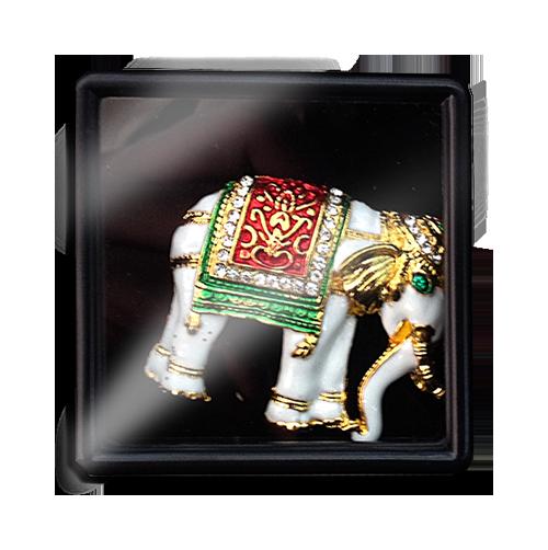 เข็มกลัดลายไทยลายช้างเหมาะสำหรับเป็นของที่ระลึก ของฝาก และของชำร่วยในงานพิธีต่าง ๆ