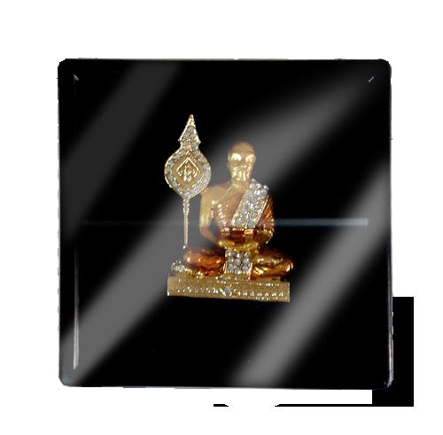 เข็มกลัดลายไทยลายพระเหมาะสำหรับเป็นของที่ระลึก ของฝาก และของชำร่วยในงานพิธีต่าง ๆ